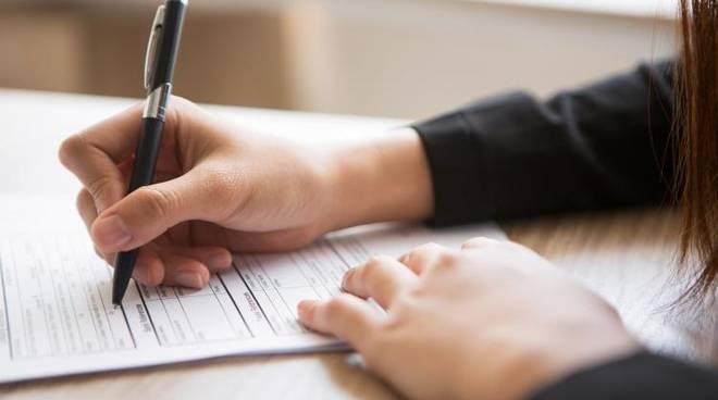 Posto di istruttore direttivo amministrativo: approvazione candidati ammessi e non ammessi